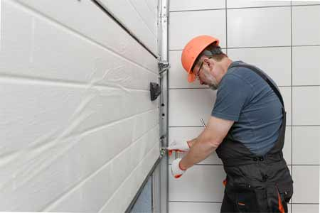 What is the most common size of the garage door