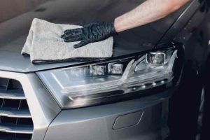 How to Clean Your Car Quickly